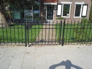 Sierhekwerk enkele poort